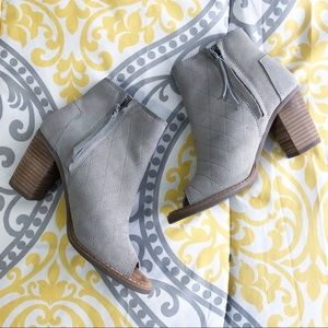 Toms • Grey Majorca Booties